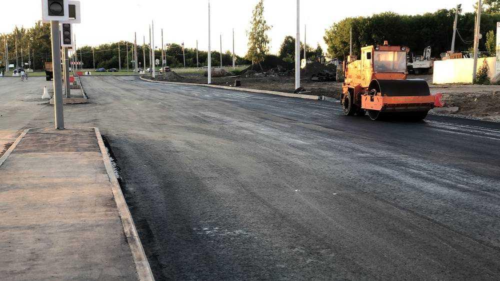 В Брянске завершается расширение до 6 полос дороги на Объездной улице