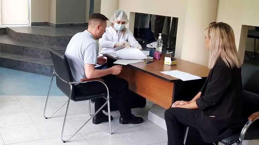 Брянские власти пояснили, как оформить медицинский отвод отвакцинации