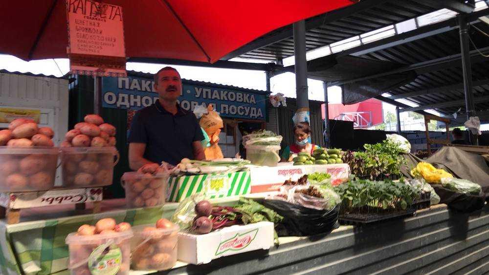 Жителей Брянска ошеломили 200-рублевой ценой молодого картофеля