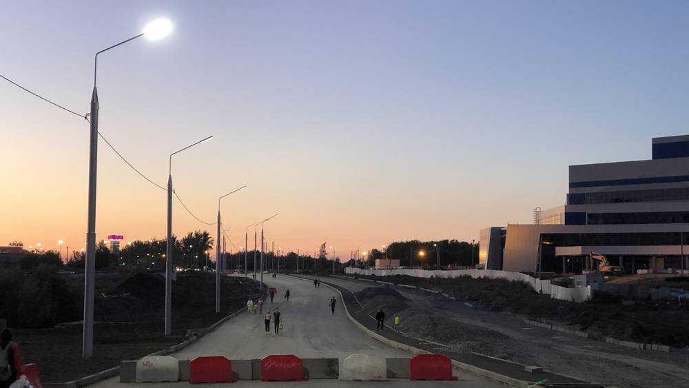 В Брянске на ремонтируемой Объездной улице зажгли новые яркие фонари
