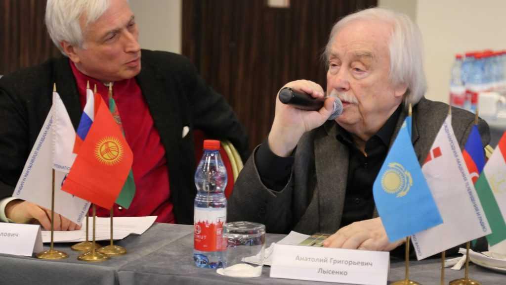 Ушел из жизни журналист Анатолий Лысенко