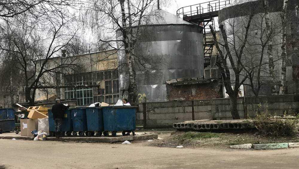 Брянская дума предложила поправки к закону, чтобы менять главного мусорщика