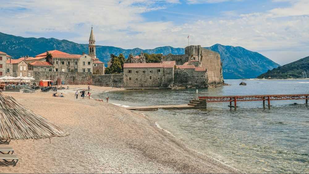Черногория распахнула двери для брянцев