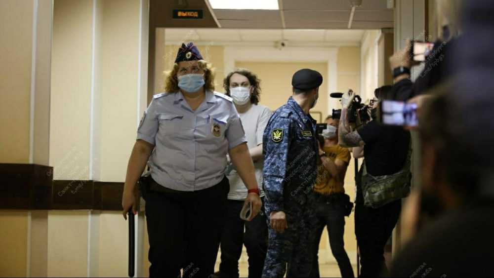 Суд арестовал блогера Хованского по делу об оправдании терроризма