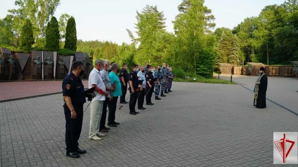 Брянские росгвардейцы приняли участие в памятном мероприятии