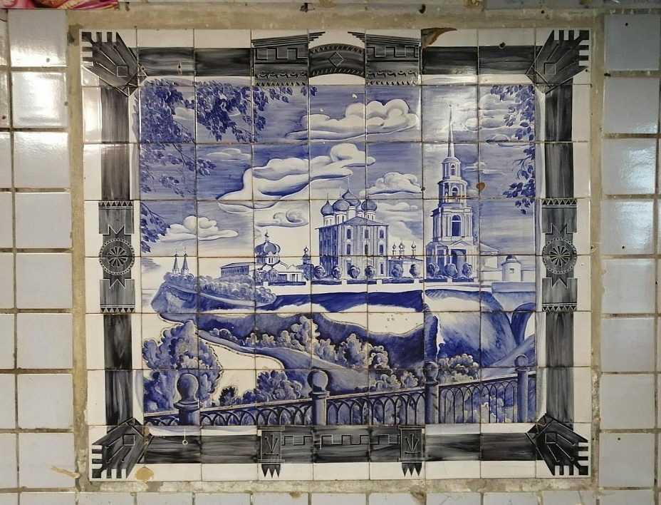 В Рязани под землей нашли уникальную мозаику