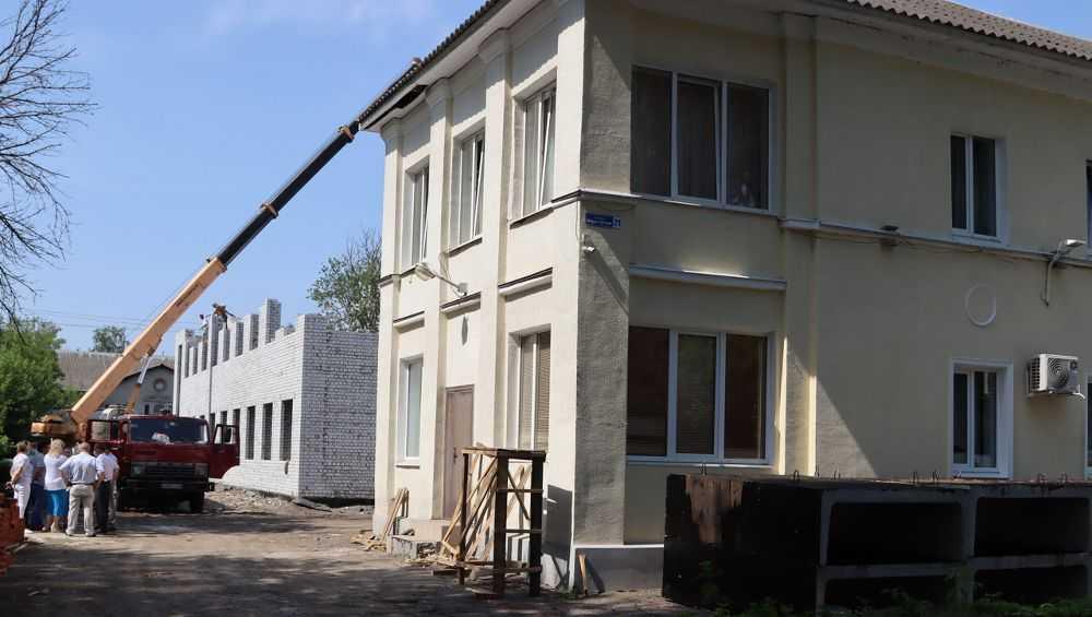 В Брянской области за 240 млн рублей обновят 15 детских школ искусств
