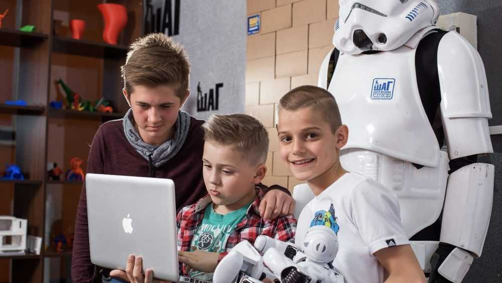 Летние каникулы: детский IT- лагерь в Компьютерной Академии Шаг