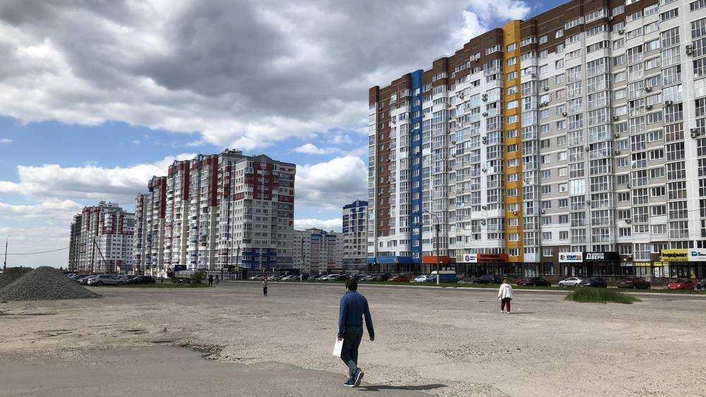Жители Брянска призвали не строить 24-этажный небоскреб посреди аэродрома