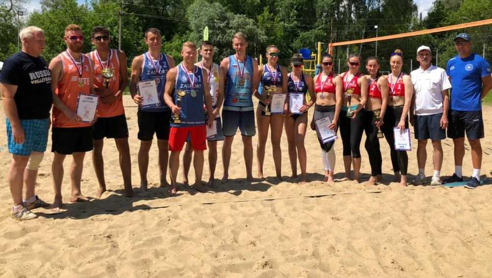 В Брянске прошел первый этап чемпионата ЦФО по пляжному волейболу