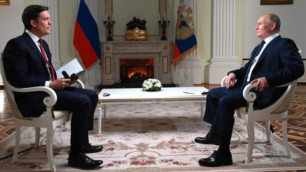 «Придёт когда-тообязательно намоё место другой человек»: Путин рассказал о будущем России