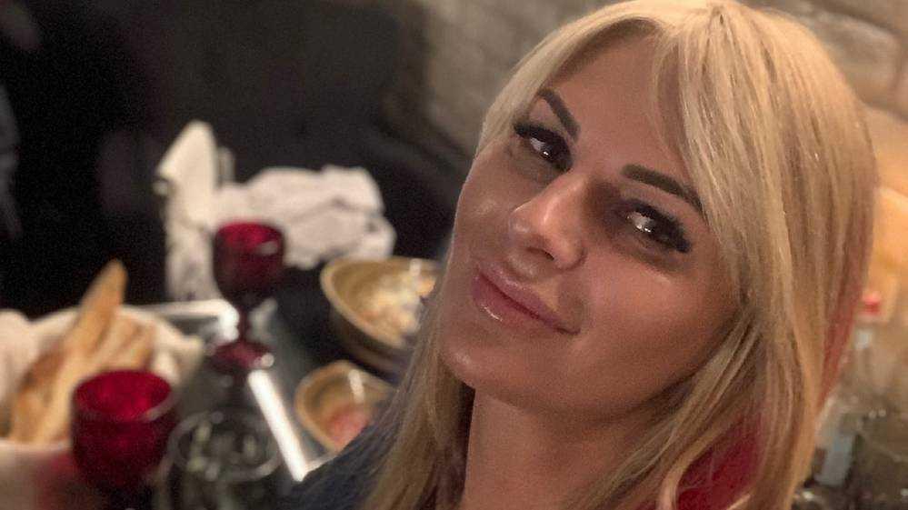 Олеся Сивакова: Не сомневалась, что громившего машины полицейского нужно остановить