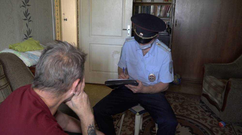 Житель Брянска пригрозил взорвать квартиру соседки из-за шума при ремонте