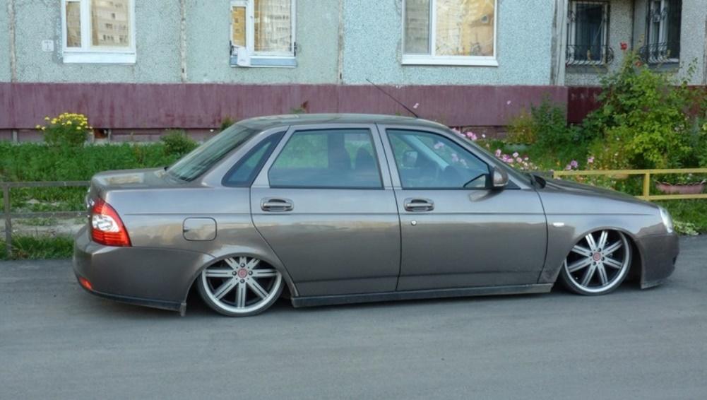 В Брянской области с регистрации сняли более 100 незаконно переделанных машин