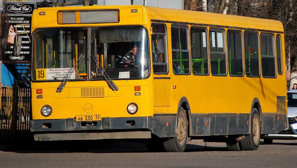 В Брянске маршрут автобуса № 19 продлили до водозабора
