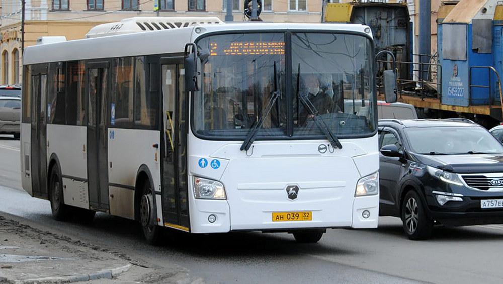В Брянске изменится расписание автобуса №2 «Фосфоритный завод – Дизельный завод»