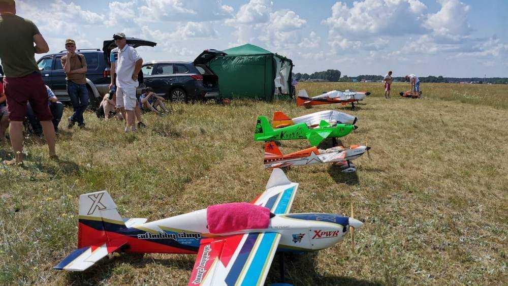 В Брянске авиамоделисты провели соревнования в честь Павла Камозина