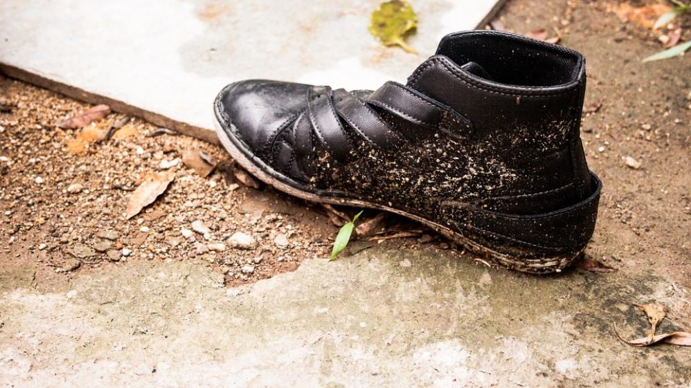 В Погаре укравшего музыкальные колонки и пилу парня выдал след ботинка