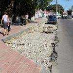 В Брянске на улице Димитрова начали снимать старый асфальт