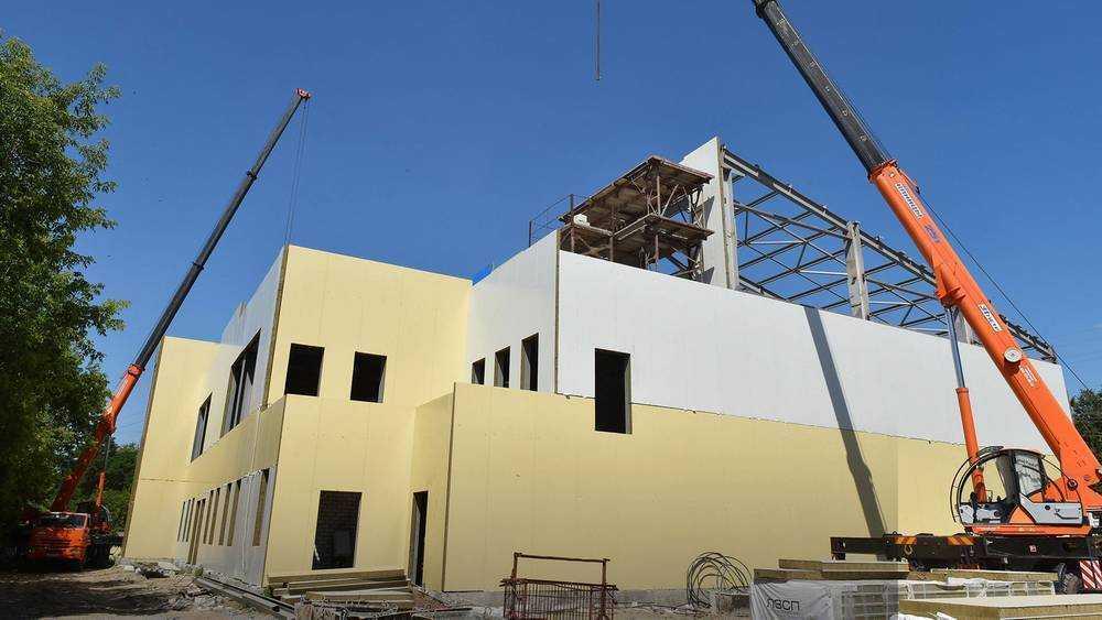 В Брянске построят физкультурно-оздоровительный комплекс школы «Локомотив»