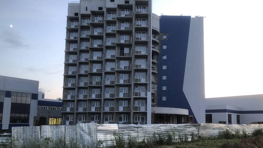 В Брянске приблизилось к завершению строительство гостиницы Дворца единоборств