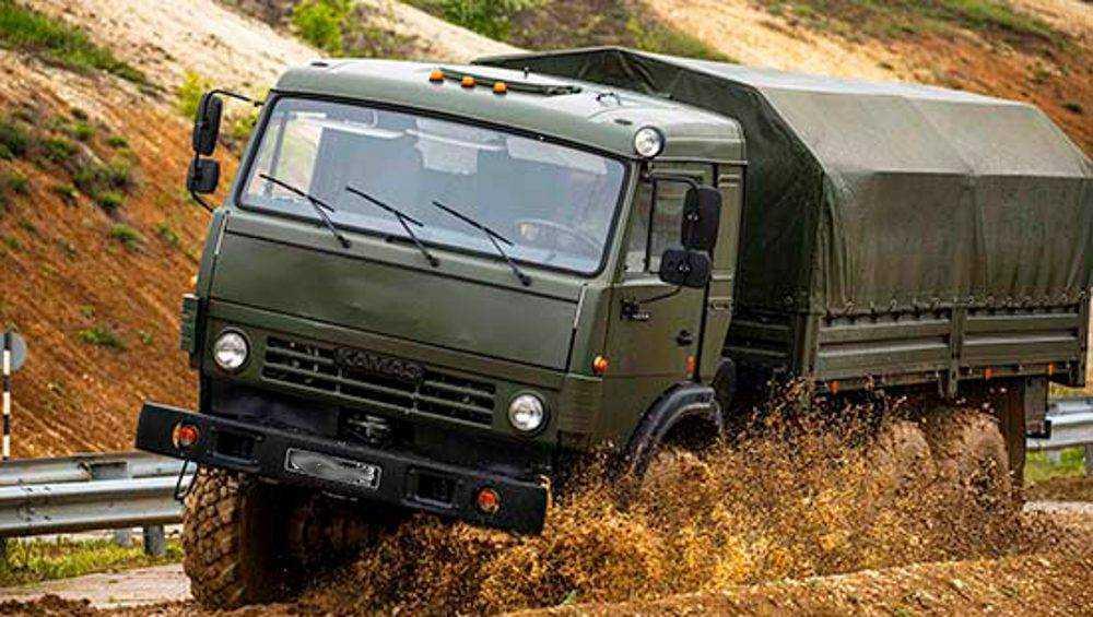 В Брянской области военные водители экстремально проехали 1500 километров