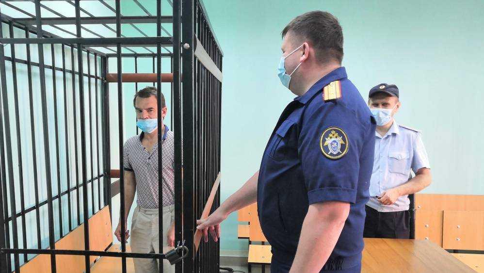 В Брянске 50-летнего жителя Карачева арестовали за расправу с мужчиной