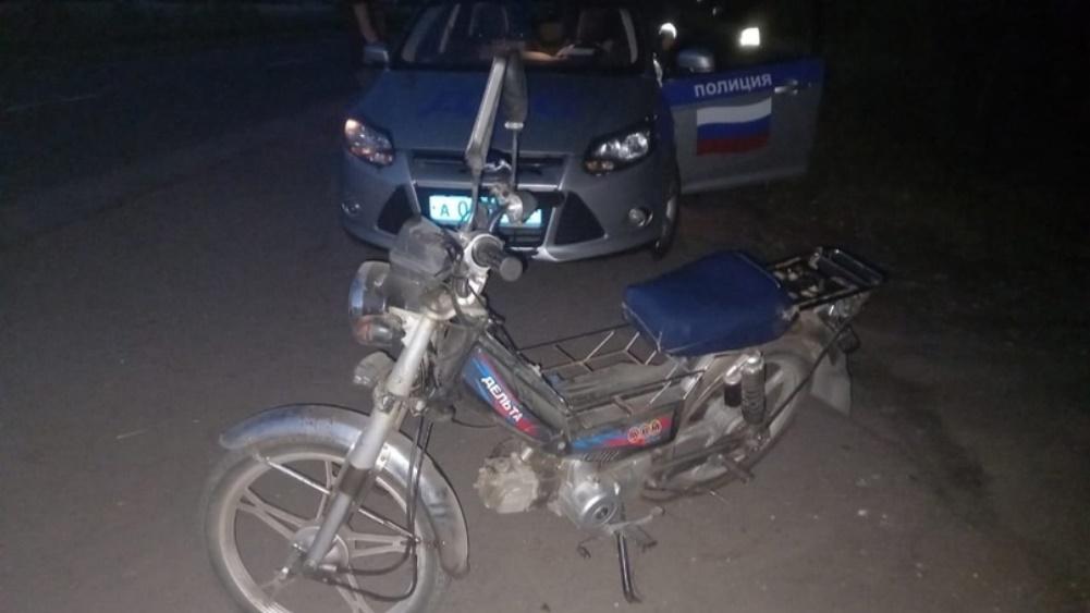 В Новозыбкове сотрудники ГИБДД задержали 13-летнего мопедиста