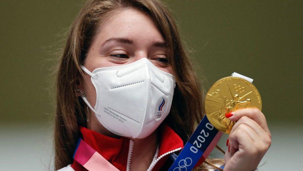 Россиянка Виталина Бацарашкина завоевала первую золотую медаль Олимпиады в Токио