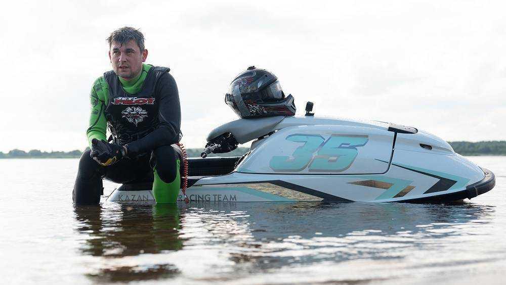 Брянский аквабайкер Кулешов занял второе место на этапе Кубка Поволжья