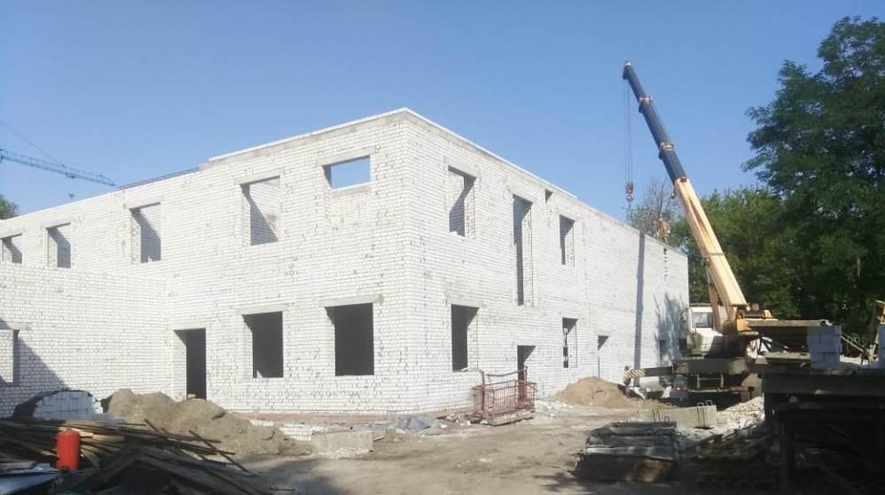 В Брянске возвели второй этаж пристройки к школе искусств № 3