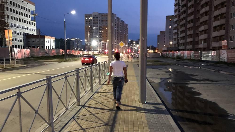В Брянске остроумные градостроители создали тротуар с тестом для пьяниц