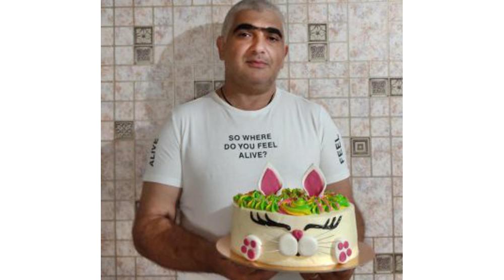 Создатель элитных московских тортов предпочел жить в комаричском селе