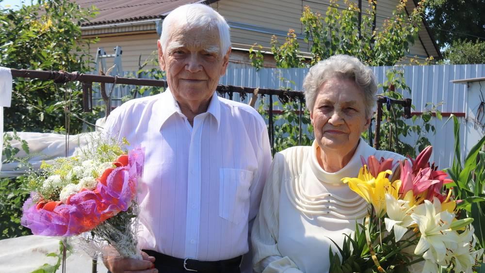 В Трубчевском районе супруги Сергеевы отпраздновали бриллиантовую свадьбу