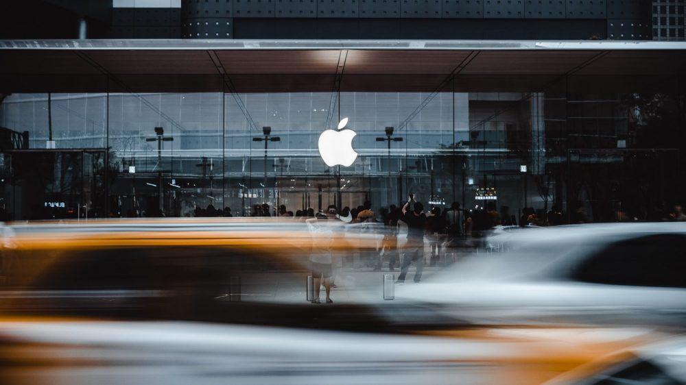 Apple решила содействовать властям России и отказалась удалить приложение «Навальный»