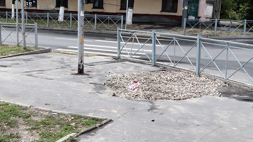 В Брянске на Советской восстановят поврежденный из-за ремонта трубы асфальт