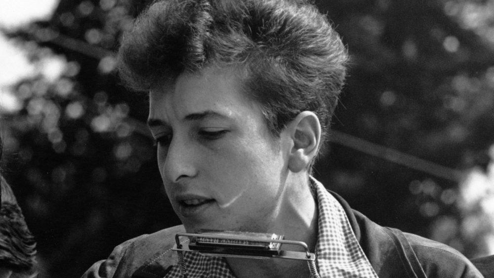 Музыканта Боба Дилана обвинили в изнасиловании 12-летней девочки в 1965 году