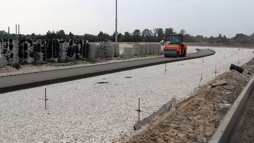 На дороге Брянск-I  Брянск-II через неделю завершат укладку тощего бетона