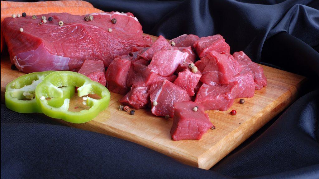 Жителей России взволновало известие о налоге на мясо