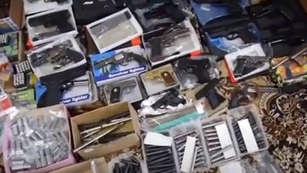 Сотрудники ФСБ задержали за переделку оружия орловских подпольщиков