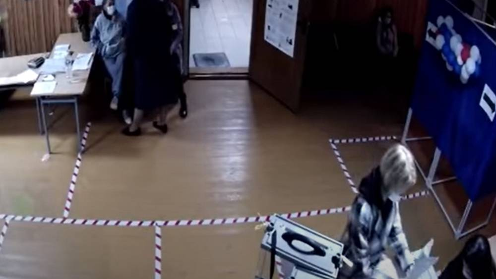 После скандала с вбросами главу Клетнянской избирательной комиссии уволили
