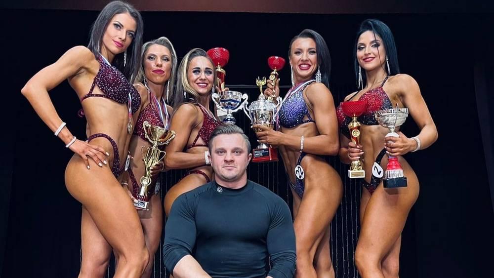Брянские спортсменки выиграли чемпионат по бодибилдингу и фитнесу