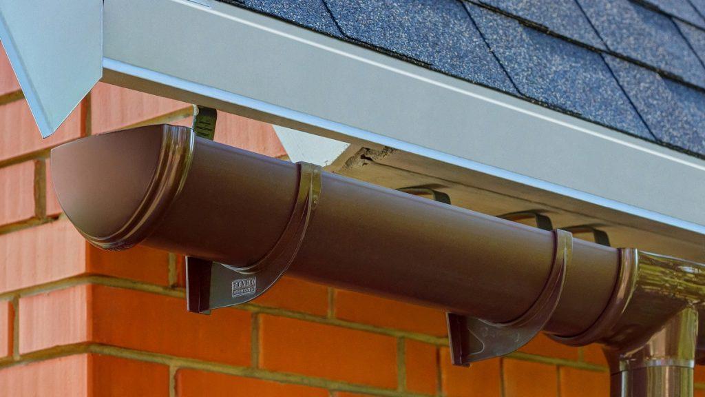 Водосток для крыши частного дома