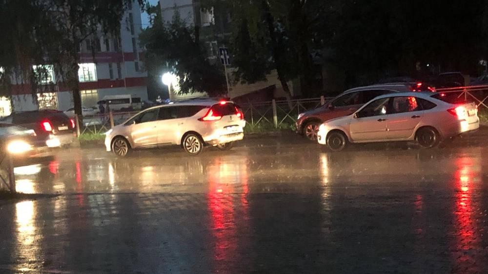 Брянских водителей призвали к осторожности из-за ливня 19 сентября