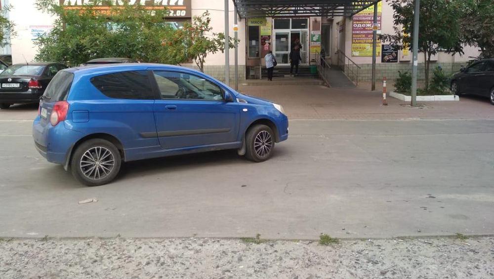 В Брянске сбитая автомобилисткой пенсионерка избежала тяжелых травм