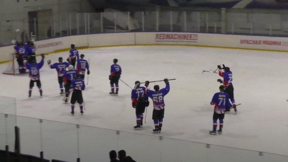 Брянские хоккеисты начали сезон в НМХЛ с разгрома салехардского «Ямала»
