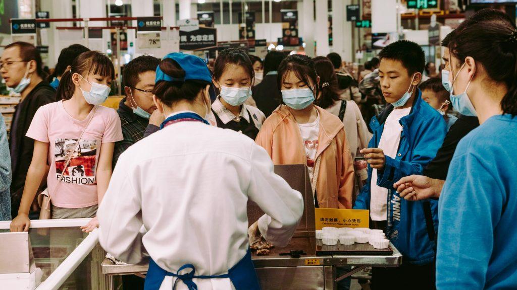 Раскрылись секретные подробности появления коронавируса в Китае
