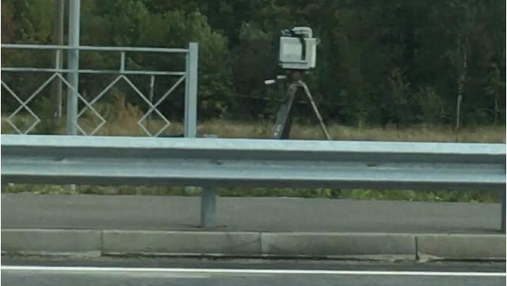 На новой дороге в Брянске в первый день появилась камера видеофиксации
