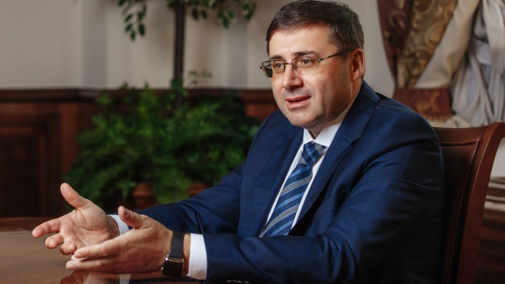 «Сытый голодного не разумеет»: россиян возмутили высказывания о пенсионерах замглавы ЦБ России