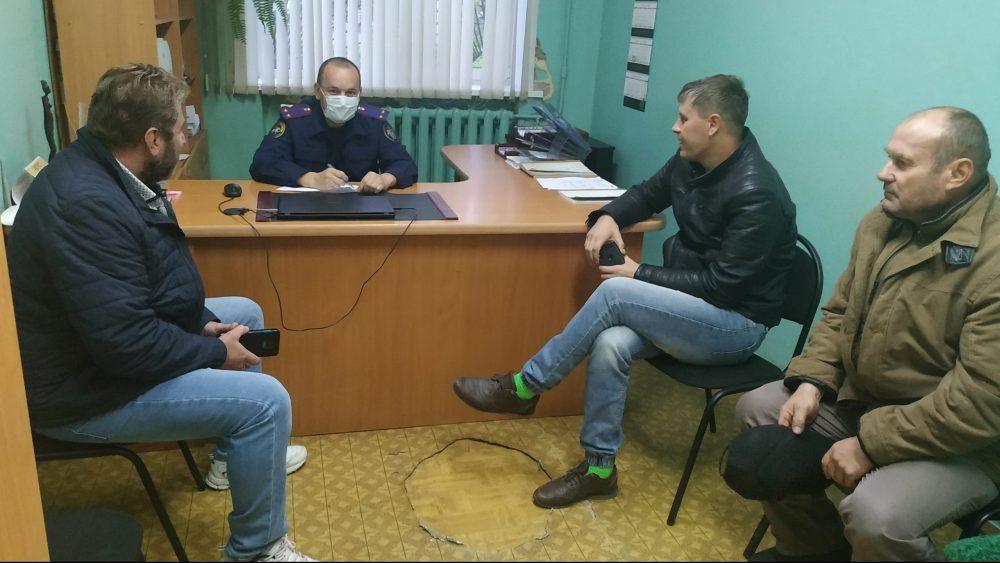 Брянские следователи рассказали рабочим комбината «Строма» о защите трудовых прав